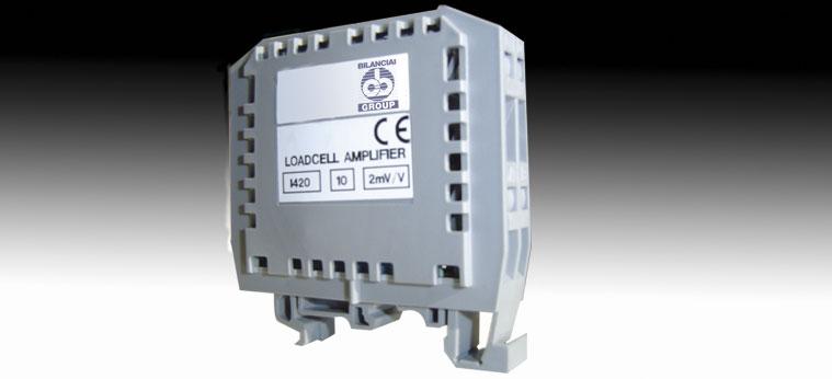 Amplificatore/trasmettitore analogico per celle di carico D018
